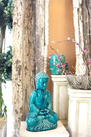 Blue Sitting Buddha, Tuscan Jar with Lid S